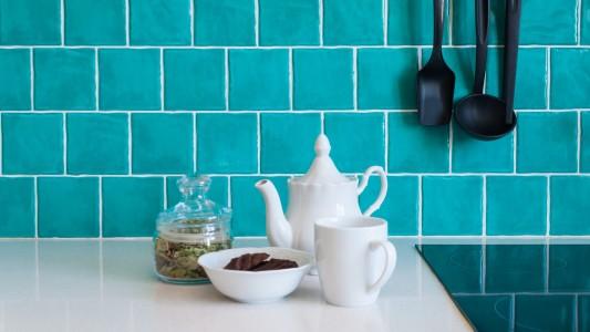 azulejos cocina azul